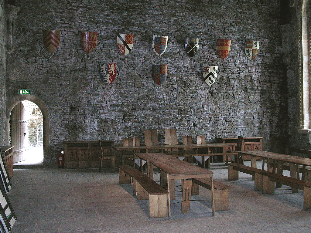 What is a good site to research Castles in Medieval Europe?